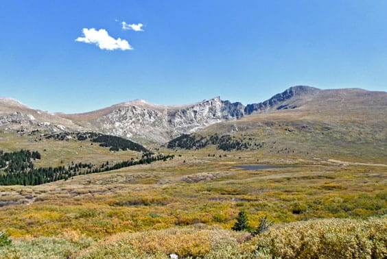 Pic of The scenery is spectacular at the trailhead for Mt. Bierstadt.