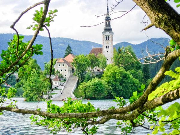 Photo Chapel Lake Bled Slovia