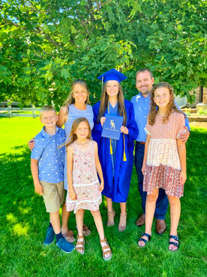 Photo of Christy Kloter with her family.