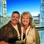 Photo of Jimmy and Lasinda Crane who enjoy traveling.