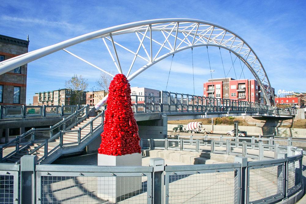 Photo of the Highland Bridge, a pedestrian bridge.